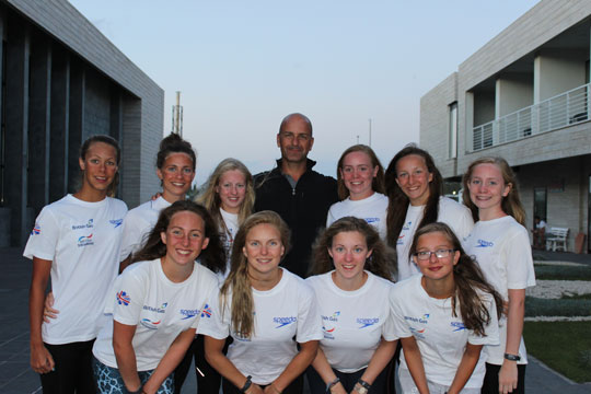 Jodie Cowie with British Synchro team and Stephan Miermont